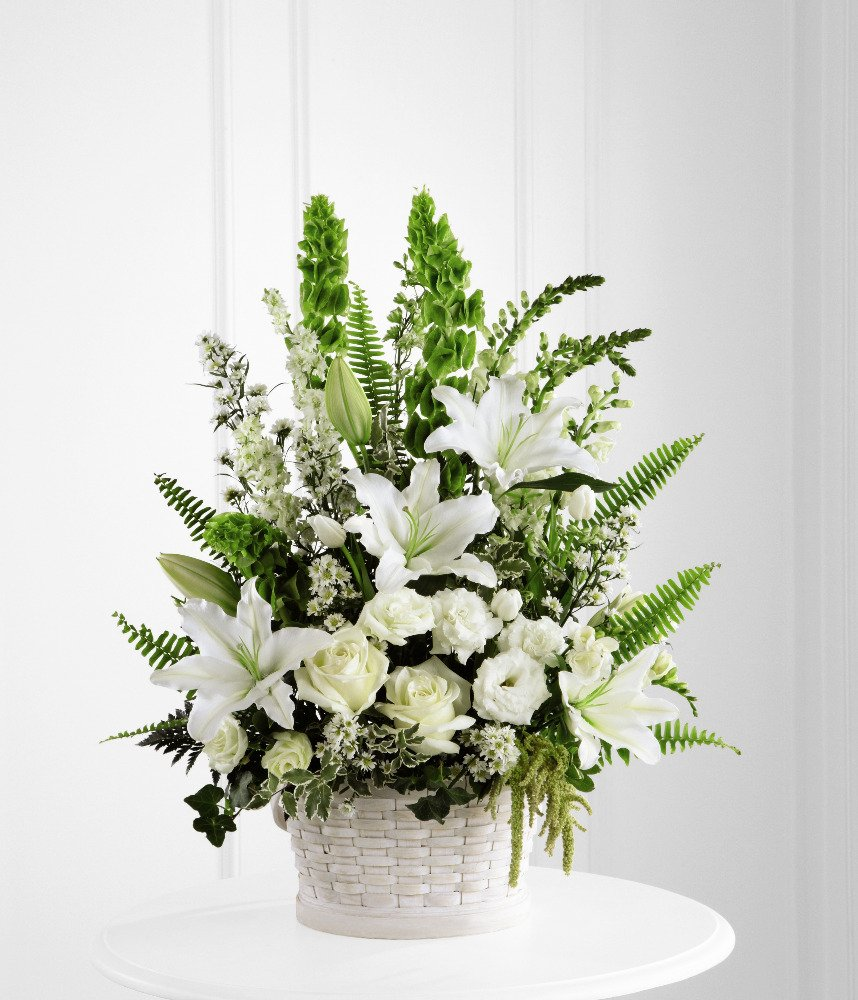 Israel Flowers (F39) White flower arrangement