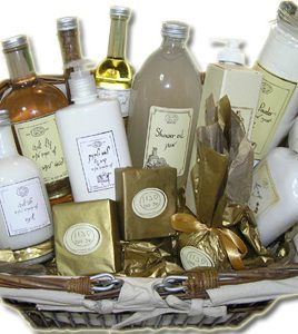 Israel Spa Basket (PS10) – Royal Spa Gift Box